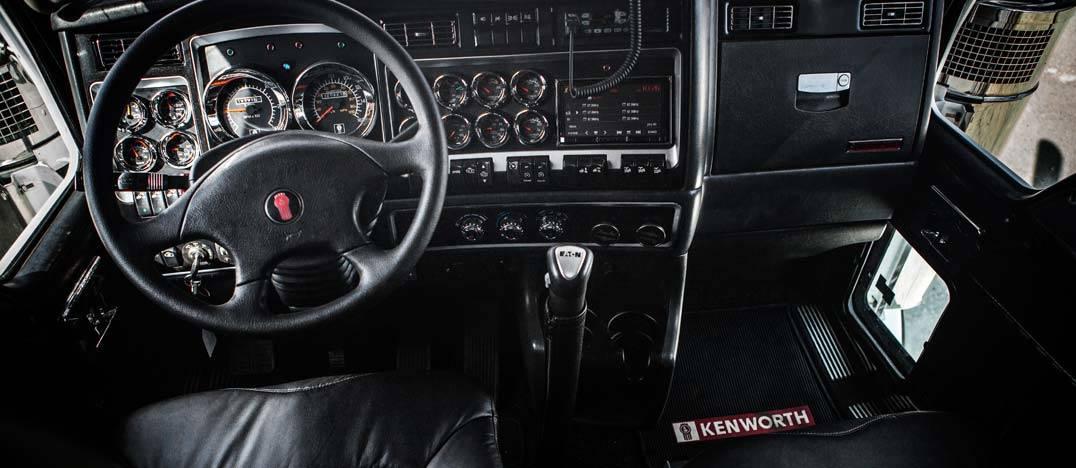 custom 1998 Kenworth C500 interior